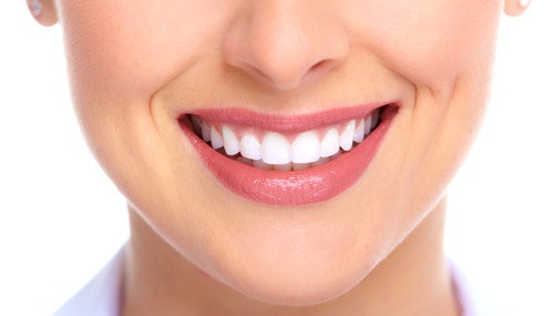 Trồng răng sứ thẩm mỹ tại Hà Nội địa chỉ nào tốt nhất?
