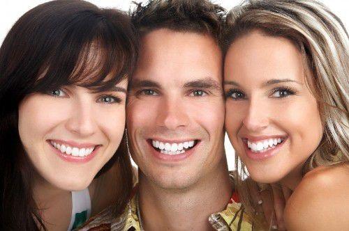 Tư vấn: Niềng răng trong suốt bao nhiêu tiền là rẻ nhất?